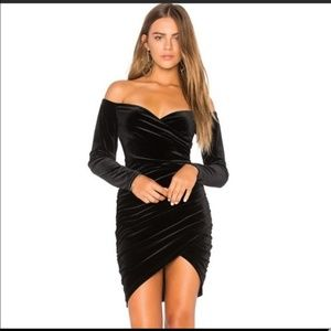 NWT Bardot velvet dress small